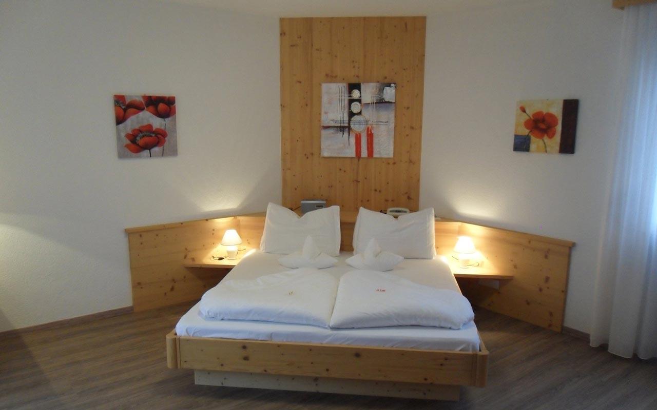Tscherms Hotel: die Zimmer im FleurAlp bei Meran